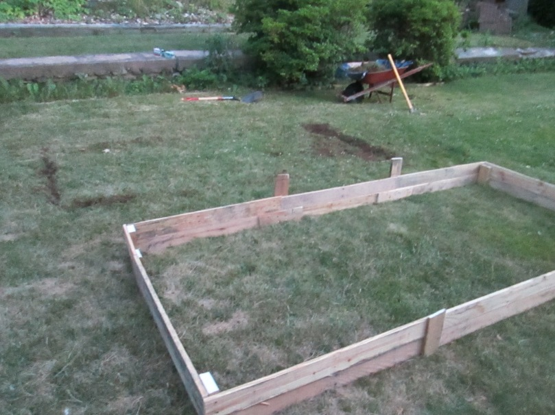 D.I.Y Raised Bed out of Skids